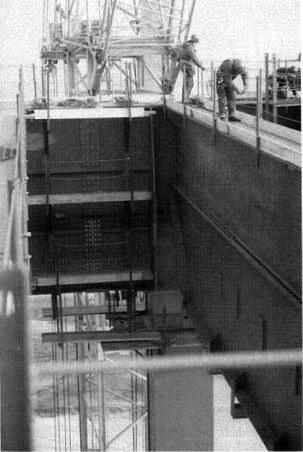 Bild 4: Hauptstütze und Kesseldeckenträger auf +76,00m